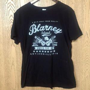 ✨3/$25✨ Blarney Island Tee